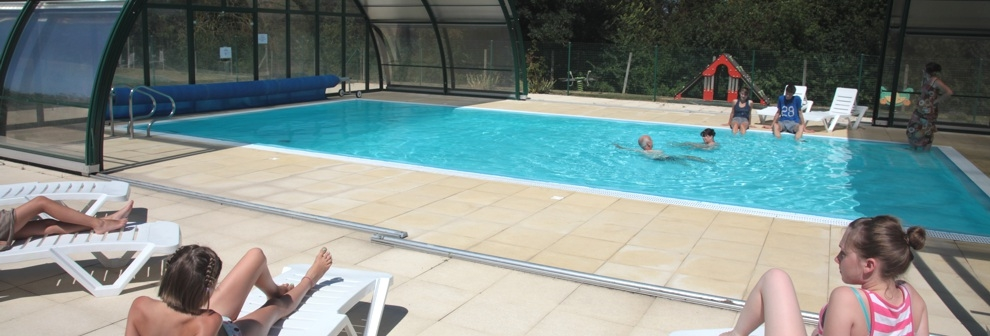 Camping avec piscine couverte chauffée
