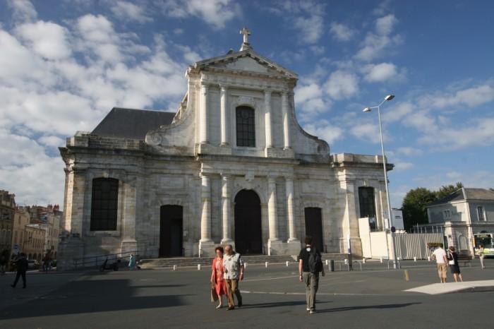 la rochelle cathedrale saint louis