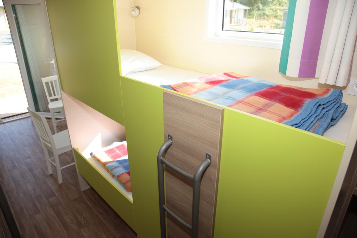 lit enfant double. Black Bedroom Furniture Sets. Home Design Ideas