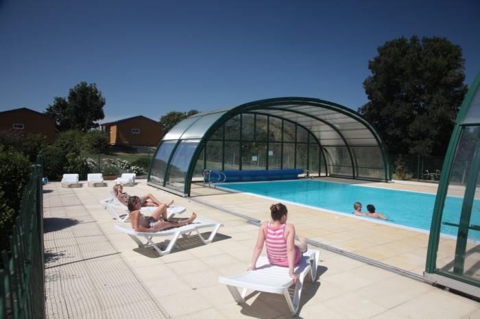 Camping ouvert à l'année avec piscine couverte Vendée