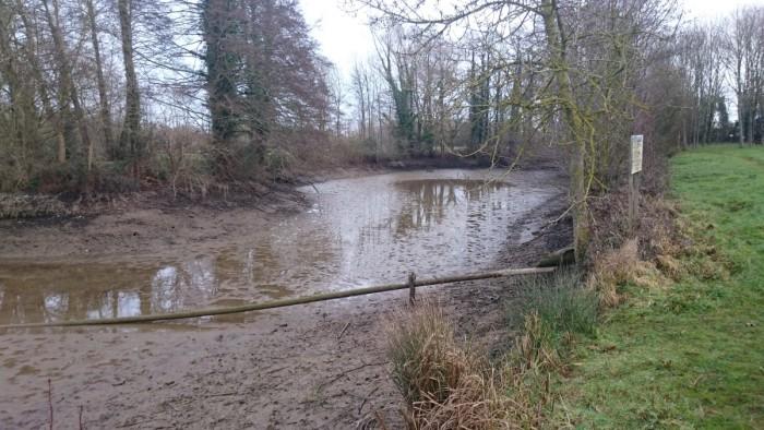 il ne reste plus beaucoup d'eau au niveau de la presque ile