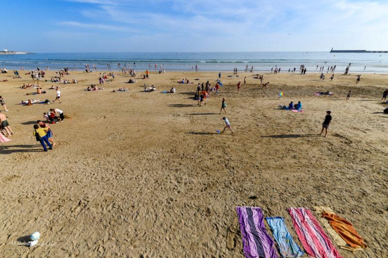 Plages de sable fin aux sables d'olonne proche du camping