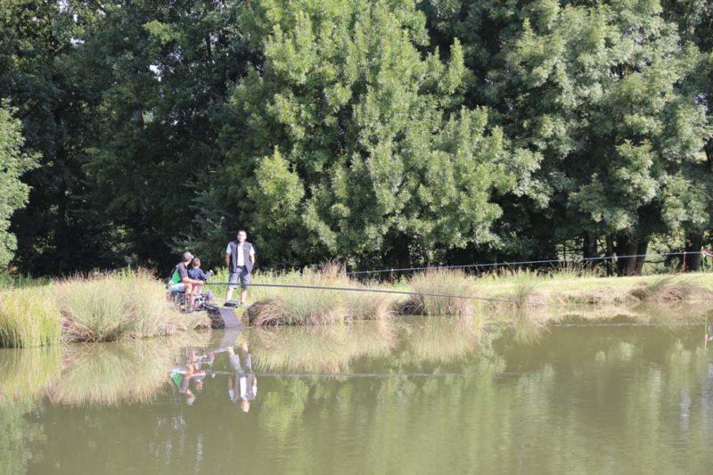 Camping avec étang de pêche privé en Vendée